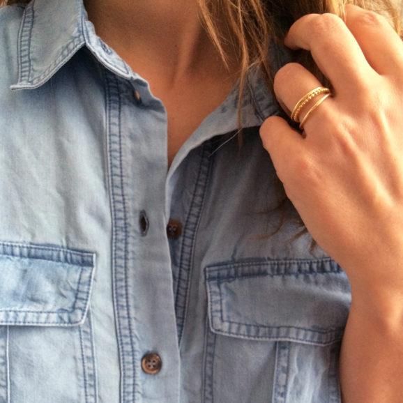 bague trois rangs lignes et perles vermeil jaune portee
